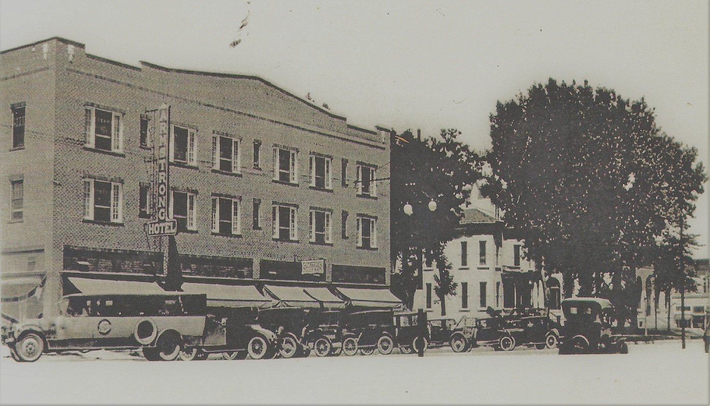 historic photo of Armstrong Hotel exterior